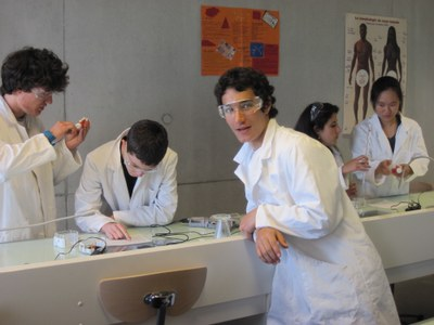 Students of the Lab Science