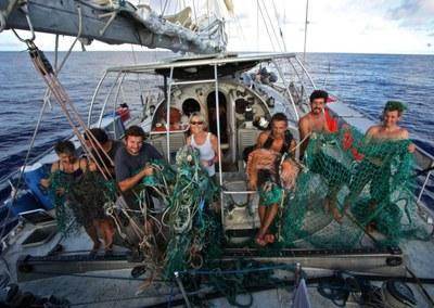 Des déchets plastiques trouvés loin de toute côte habitée