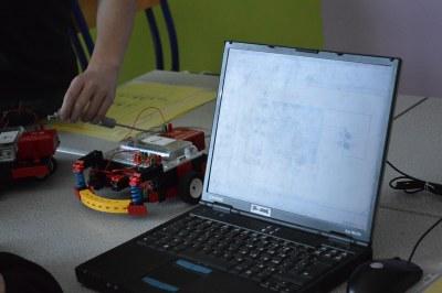 RJC ROBOT02
